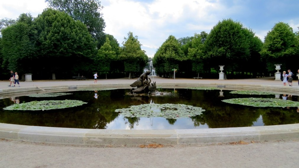 Schonbrunn_palace_by_anchor_it_down (5)